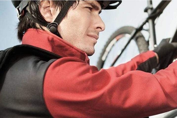 Подорожуй безпечно з оригінальними аксесуарами Audi